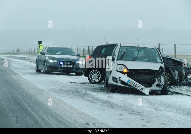 the dangers of driving in a slippery and dangerous roads Most drivers worry about slippery roads in the winter home » road safety tips for driving in slippery conditions the greatest danger occurs when transitioning from pavement to mud at high speed.