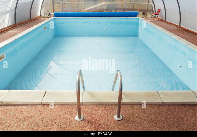 Empty swimming pool stock photos empty swimming pool for Empty swimming pool