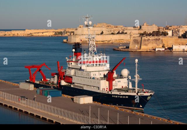 His Surveying Vessel Stock Photos & His Surveying Vessel ...