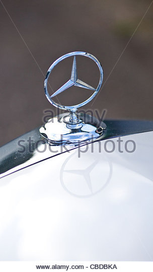 Mercedes hood stock photos mercedes hood stock images for Mercedes benz stock symbol