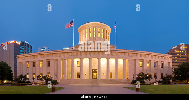 Imposing government building stock photos imposing for Columbus capitale