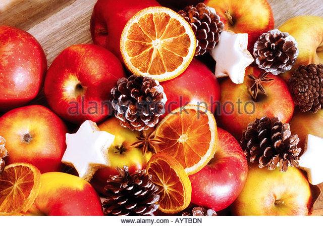 Weihnachtliche Tischdekoration tischdekoration stock photos tischdekoration stock images alamy