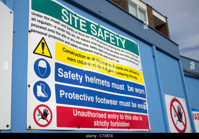 Site Safety Sign Construction Site Stock Photos & Site Safety Sign ...