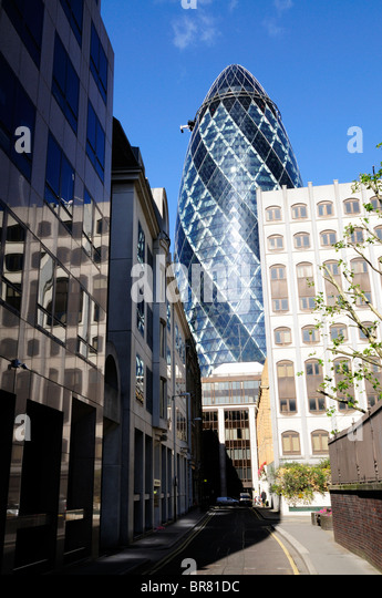 a view of the gherkin building 30 st mary axe from mitre street