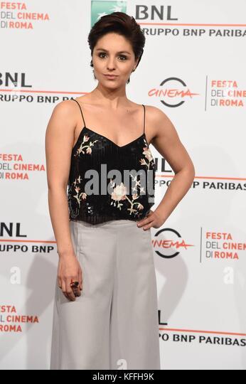 Gabriela Arancibia strip dildo