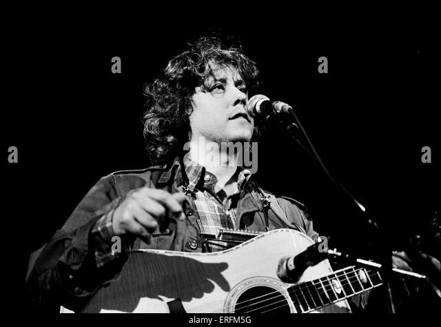 a biography of arlo guthrie an american singer songwriter Woody guthrie - wikipedia john mellencamp, arlo guthrie 1947- arlo guthrie (folk singer/songwriter arlo davy guthrie is an american folk singer-songwriter.
