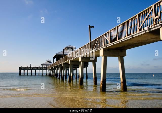 Fort myers florida beach stock photos fort myers florida for Fort myers beach fishing pier