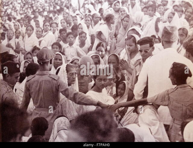 """the vital role of mohandas karamchand gandhi to indias independence Mohandas karamchand gandhi (1869 – 1948), popularly known as mahatma (""""great soul"""") gandhi, was an indian political leader who led his country to independence from the british empire."""
