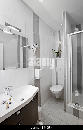 Bathroom and separate toilet stock photos bathroom and for Petite salle de bain toilette