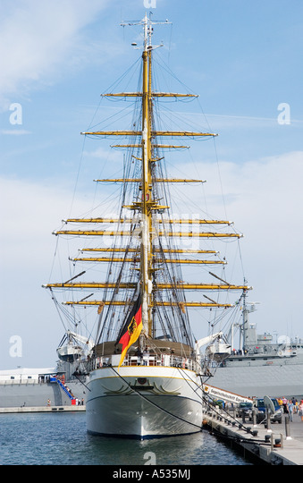 gorch fock stock photos gorch fock stock images alamy. Black Bedroom Furniture Sets. Home Design Ideas