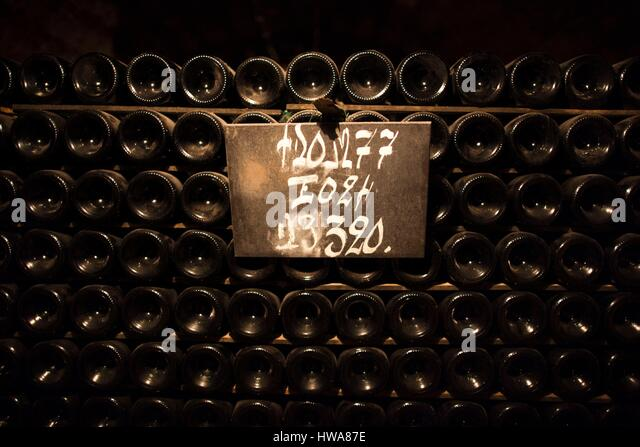 Moet chandon winery stock photos moet chandon winery for Champagne marne