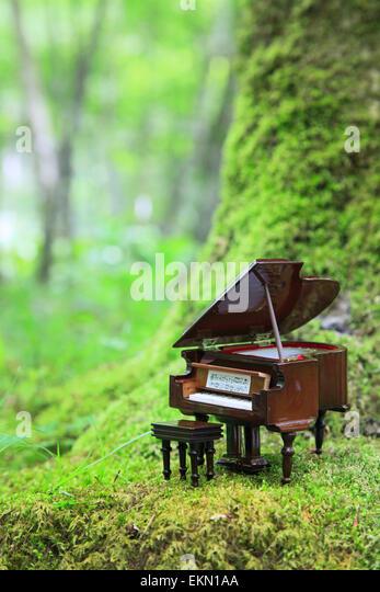Miniature Piano Stock Photos Amp Miniature Piano Stock