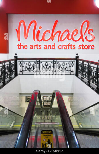 Michaels nyc stock photos michaels nyc stock images alamy for Where is michaels arts and crafts
