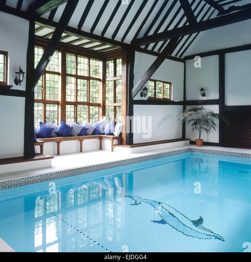 Converted Barns Stock Photos amp Converted Barns Stock  : indoor swimming pool in converted barn ejdgg4 from www.alamy.com size 518 x 540 jpeg 93kB