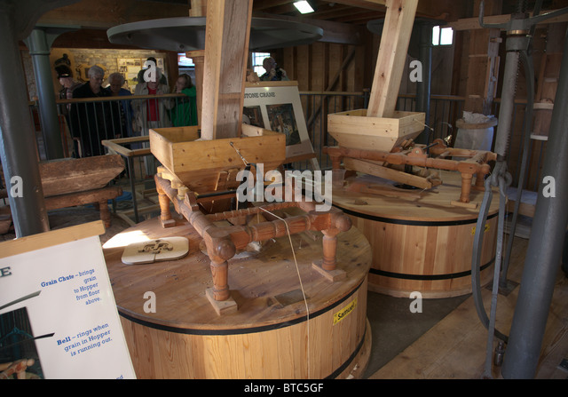 Milling Room Stock Photos & Milling Room Stock Images - Alamy