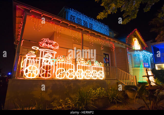 Beautiful Outdoor Christmas Lights Every Year Decorating Houses On Franklin  Road, Auckland   Stock Image
