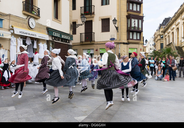 san sebastian spanish girl personals Once a favourite destination for spanish royalty, san sebastián has lost none of its lustre over the years  san sebastian to way of st james half-day hiking and .