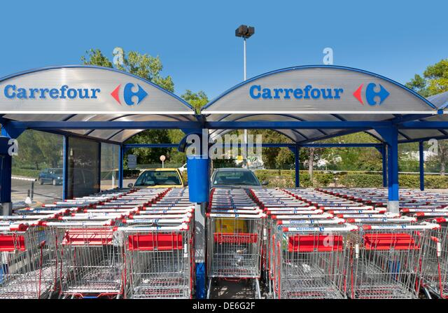 supermarket france carrefour stock photos supermarket france carrefour stock images alamy. Black Bedroom Furniture Sets. Home Design Ideas