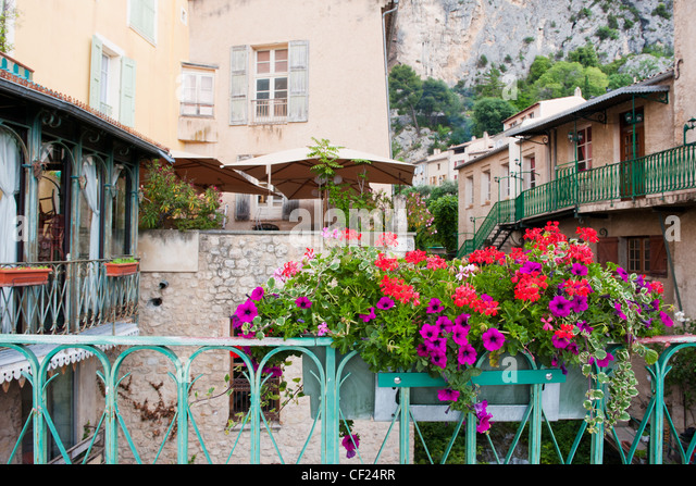 Flowers balcony france stock photos flowers balcony for Blue piscine colmar