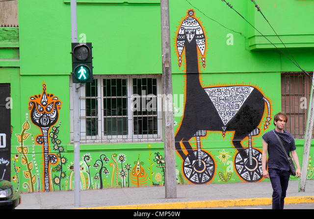 Santiago chile street stock photos santiago chile street for Carpenter papel mural santiago chile