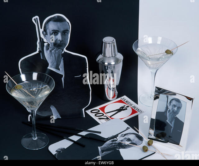 James bond drink stock photos james bond drink stock for Cocktail 007 bond