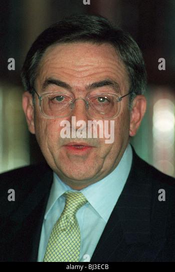 king-constantine-ex-king-of-greece-15-june-1994-bj3ecb.jpg
