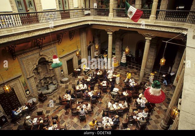 Casa de los azulejos house of tiles restaurant mexico for Palacio de los azulejos mexico