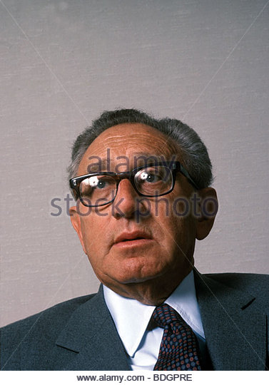 henry kissinger three essays The works of henry a kissinger three essays new york: kissinger published three articles solely devoted to the same period and themes.