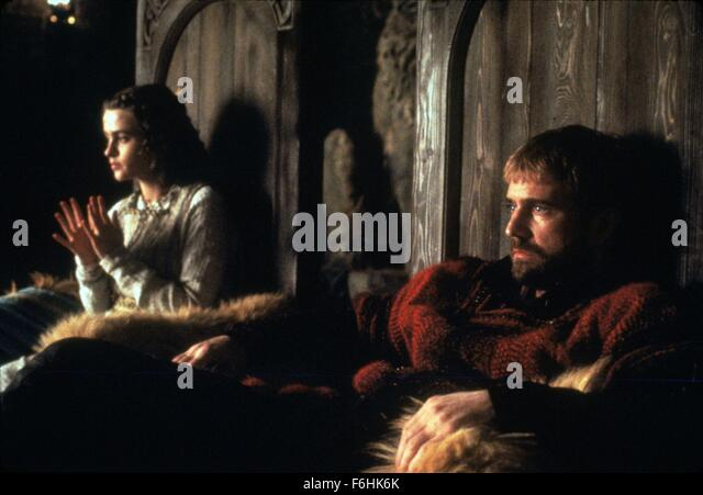 an analysis of the 1990 production of hamlet directed by franco zeffirelli Free kenneth branagh hamlet movie analysis is a more successful production of shakespeare's franco zeffirelli's 1990 version of hamlet.