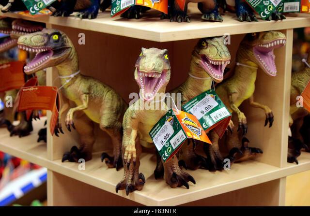 Tyrannus saurus stock photos tyrannus saurus stock images alamy tyrannus saurus rex das neue einkaufszentrum mall of berlin am leipziger platz thecheapjerseys Image collections