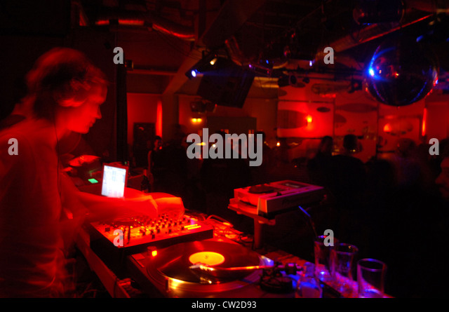 radio disc jockey stock photos radio disc jockey stock images alamy. Black Bedroom Furniture Sets. Home Design Ideas