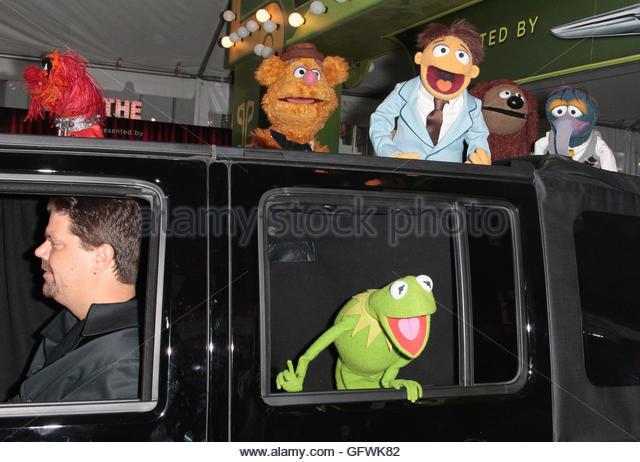 cast list muppets christmas carol
