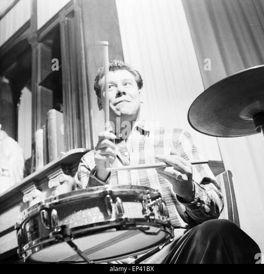Drummer new orleans stock photos drummer new orleans for Mobelkiste hamburg