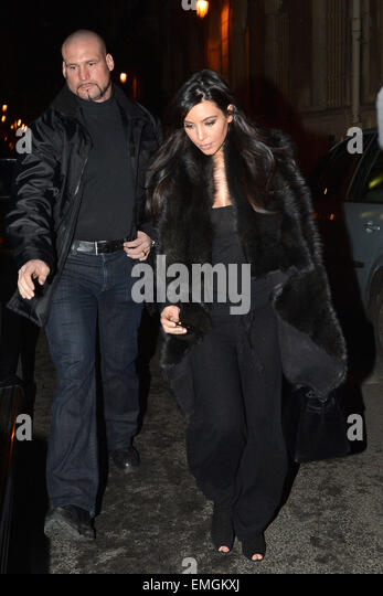 paris kim kardashian leaves findi restaurant in paris stock