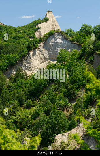 sand pyramids of melnik - photo #49