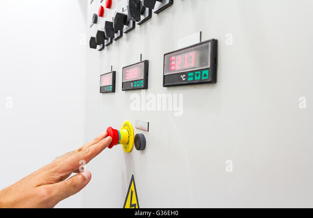 activation or shutdown fuse box with display for digital temperature g36eh0 fuse box stock photos & fuse box stock images alamy Fuse Box Won't Reset at webbmarketing.co