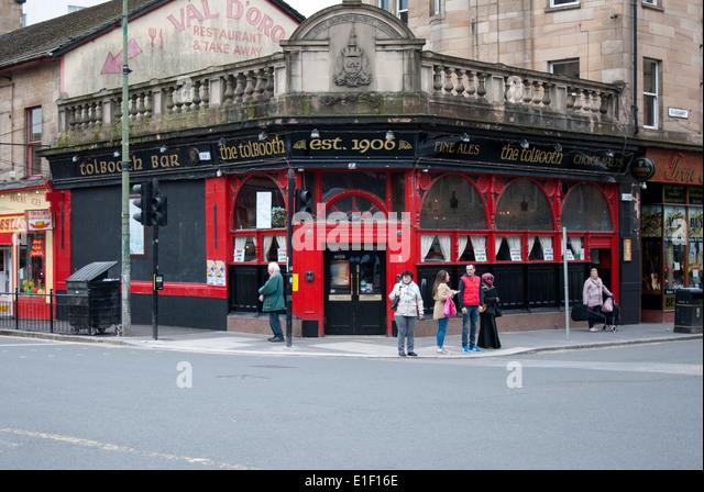 Glasgow pub stock photos glasgow pub stock images alamy for 16 royal terrace glasgow