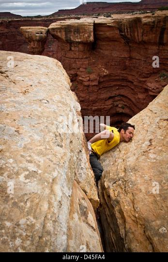 offwidth climbing wide boyz crack