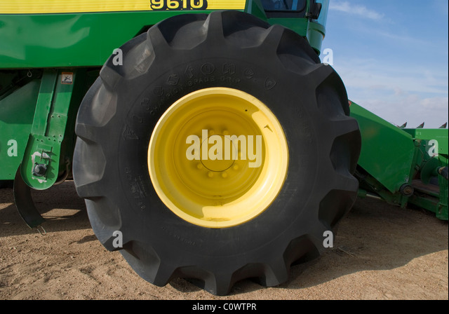 Huge tractor stock photos huge tractor stock images alamy for Big tractor tires for free