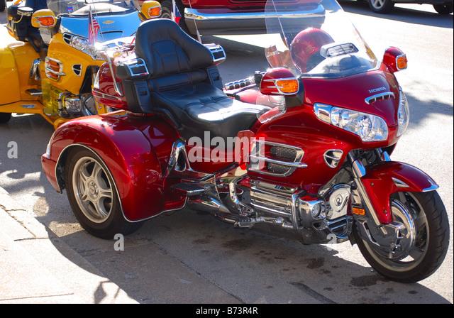 Three wheel motorcycle images for Three wheel motor bike in india