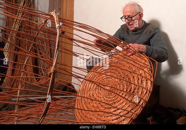 Willow Basket Weaving Somerset : Weaving basket stock photos images alamy