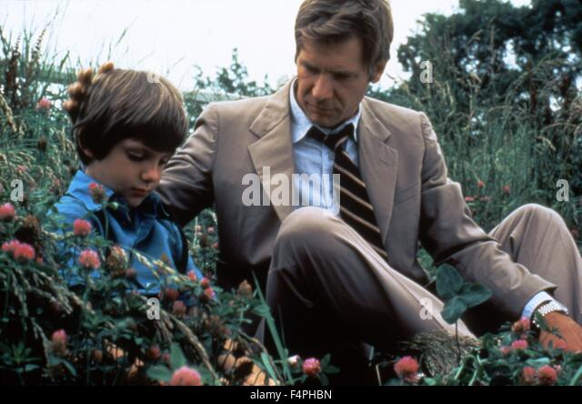witness by peter weir essay Witness is a 1985 american crime thriller film directed by peter weir and starring  harrison ford and kelly mcgillis the screenplay by william kelley, pamela.