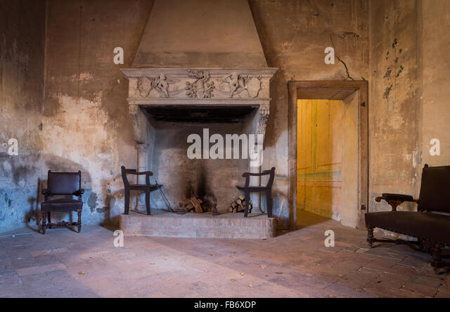 Castle Interior Fireplace Stock Photos & Castle Interior Fireplace ...