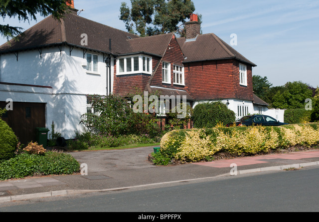 Whitecroft Way In The Park Langley Conservation Area Bromley Kent