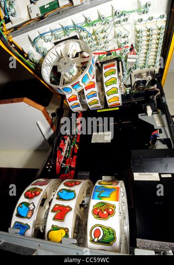 Bandit stock photos bandit stock images alamy for Fishing bob slot machine