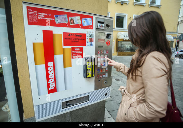 Where to buy an cigarettes Marlboro in store