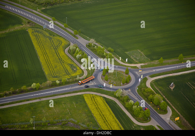 Aerial view road roundabout stock photos aerial view for Depot hamburg eppendorf