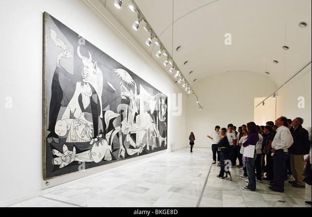 Guernica Museo Reina Sofia Stock Photos & Guernica Museo ...