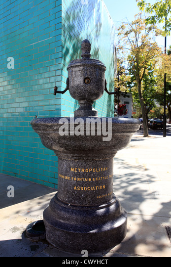 Victorian drinking water fountain stock photos victorian for Decor 5 5 litre drink fountain