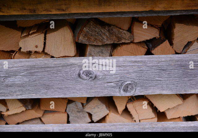 dunkles holz stock photos dunkles holz stock images alamy. Black Bedroom Furniture Sets. Home Design Ideas
